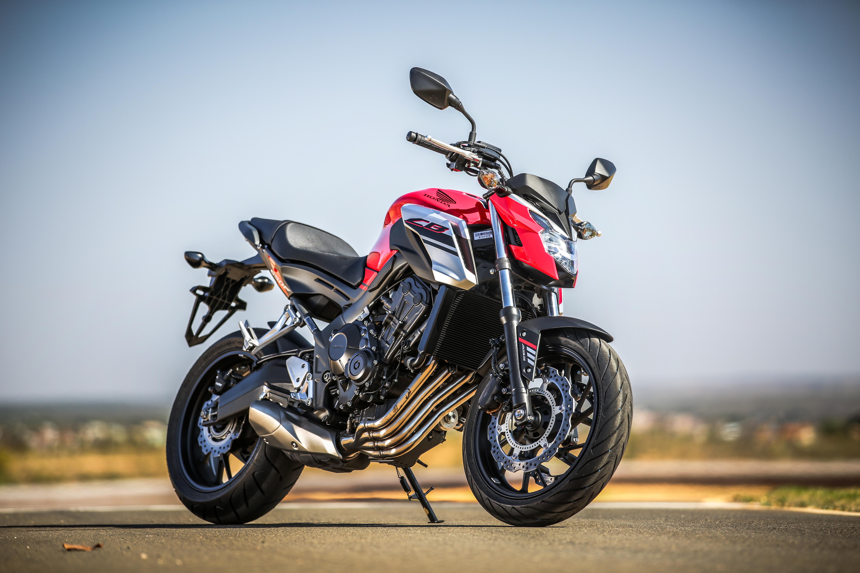 Honda CB 650F e CBR 650F: versões 2018 são renovadas na